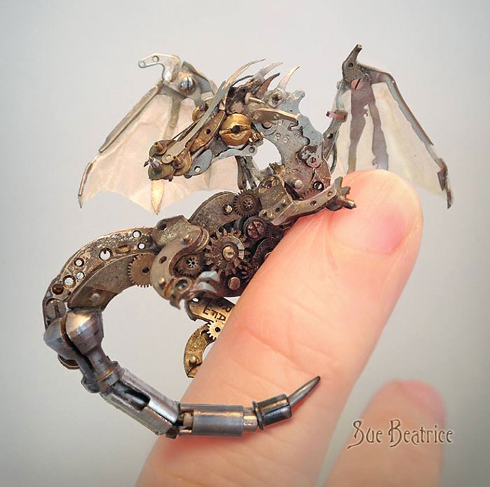 Amazing Life Like Sculptures Made From The Old Watch Parts-