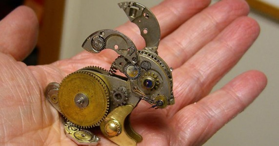 Amazing Life Like Sculptures Made From The Old Watch Parts-2