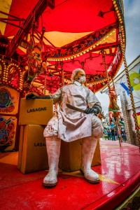 Dismaland- A Disneyland Like Park That Mocks The Decadence Of Our Society-16