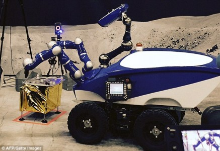 For The First Time An Astonaut On ISS Controls A High Precision Rover On Earth-