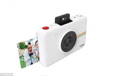 Polaroid Snap-This $99 Digital Camera Can Instantly Print Photos And Much More-1