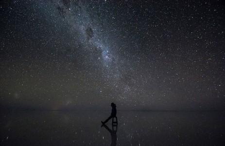 The Incredible Beauty of Salt Desert Transformed Into Gigantic Mirror-12