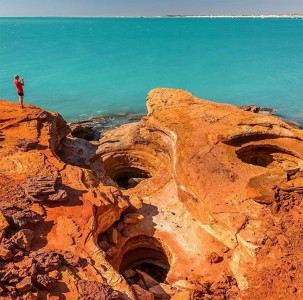 Towering Cliffs And Colorful Reefs Mesmerize You With Beauty Of Australian Coast-26