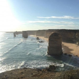Towering Cliffs And Colorful Reefs Mesmerize You With Beauty Of Australian Coast-7