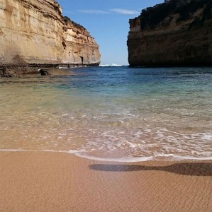 Towering Cliffs And Colorful Reefs Mesmerize You With Beauty Of Australian Coast-9