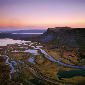 Discover Lapland, A Magnificent Nordic Region between Land And Ice-26