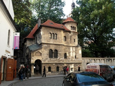 Wander The Colorful Streets Of Prague And Admire Its Wonderful Architecture-11