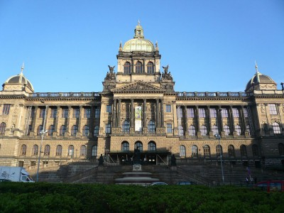 Wander The Colorful Streets Of Prague And Admire Its Wonderful Architecture-25