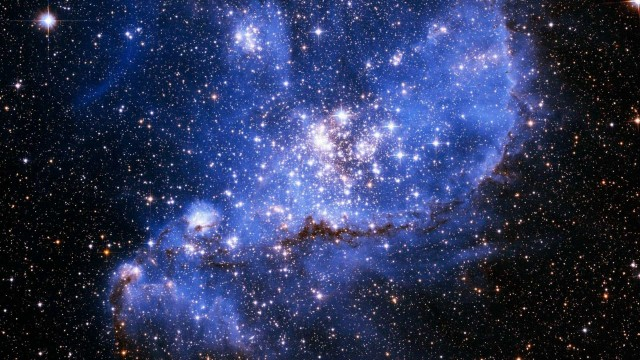 HD Galaxy Wallpaper shows beauty of space-17