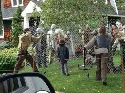 These Halloween Decorations Convert Homes Into Real Horror Meuseums-21