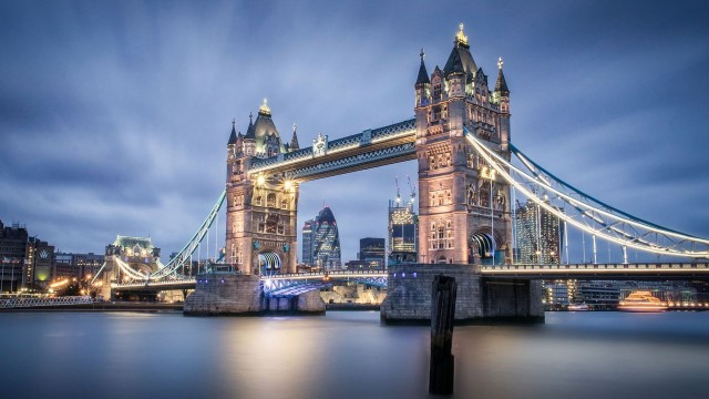 London wallpaper 43