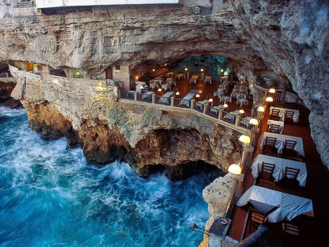 Grotta Palazzese-Amazing Italian Restaurant Carved Into A Cliff--1