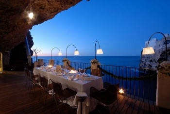 Grotta Palazzese-Amazing Italian Restaurant Carved Into A Cliff--3