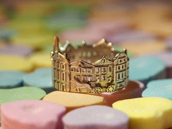 Rings made as the architectures of famous cities--25