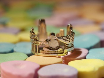 Rings made as the architectures of famous cities--8