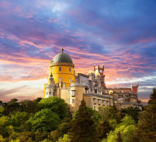 Discover Sintra-Portuguese City Where Beautiful Architecture Perfectly Coexists With Nature--1