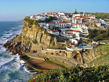 Discover Sintra-Portuguese City Where Beautiful Architecture Perfectly Coexists With Nature--7