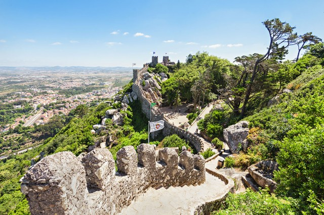 Discover Sintra-Portuguese City Where Beautiful Architecture Perfectly Coexists With Nature--8