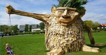 Gigantic Wooden Sculptures Made Using Simple Wood Debris--2