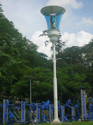 revolutionary streetlights to kill mosquitoes, recharge phones and alert in case of flooding--1
