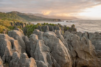 Pancake Rocks-The Amazing Rocky Structures Sculpted By Ocean Waves--11