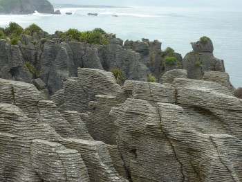 Pancake Rocks-The Amazing Rocky Structures Sculpted By Ocean Waves--15