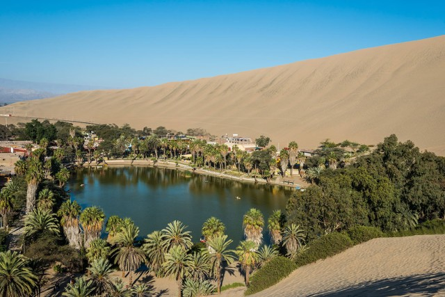 Huacachina-The Beautiful Small Village Built Around Peruvian Desert Oasis--4