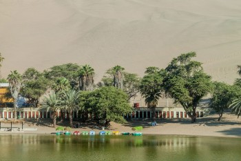 Huacachina-The Beautiful Small Village Built Around Peruvian Desert Oasis--9