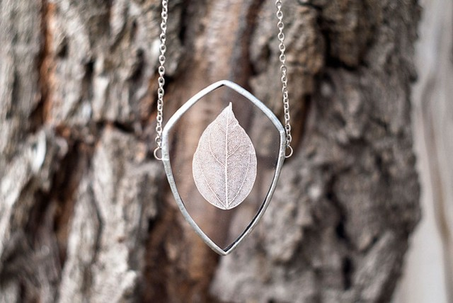 This Beautiful Jewelry Carefully Preserves The Beauty Of Nature--11