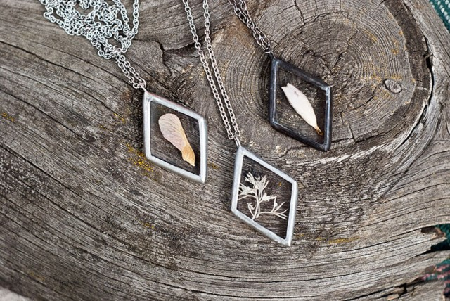This Beautiful Jewelry Carefully Preserves The Beauty Of Nature--14
