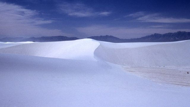 American White Sands Desert Is A Sublime Expanse That Should Not Exist--11