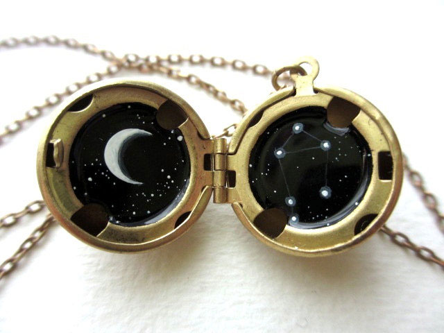 This Amazing Jewlry Contains Meticulous Cosmos Paintings Of Our Beautiful Universe--14