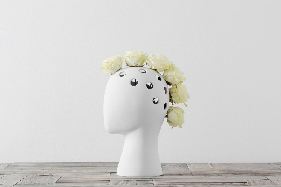 These Head-Shaped Vases Transform Your Floral Arrangements Into Majestic Wigs--1
