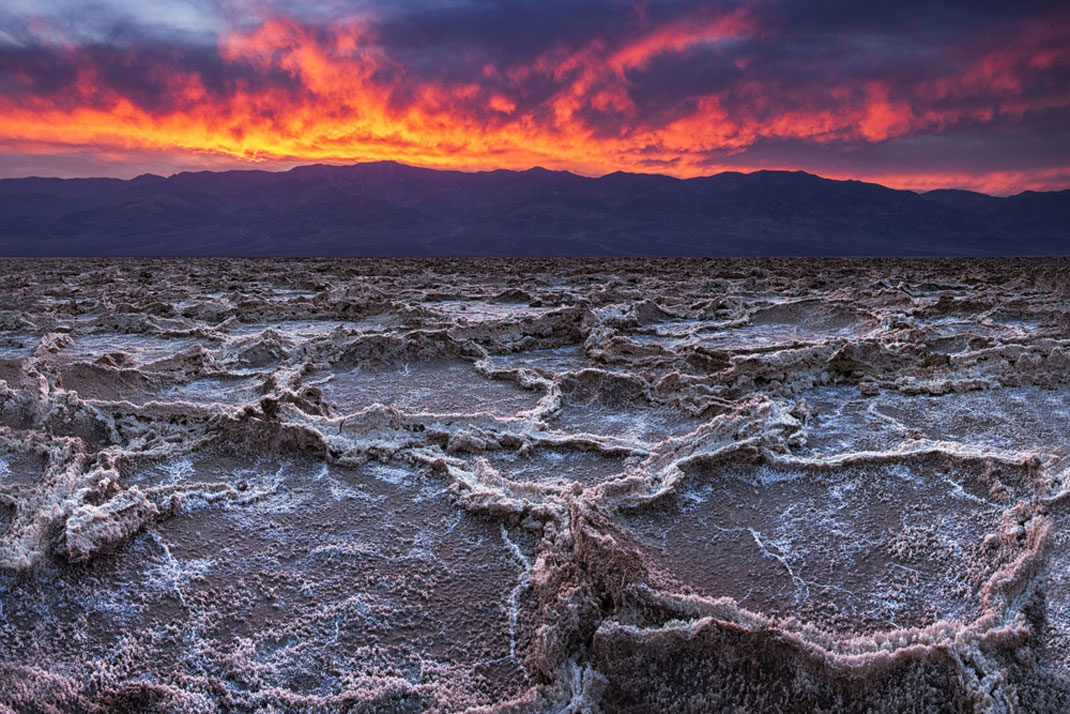 Travel The Legendary Death Valley, This Desert Region That Stretches To The Horizon--8