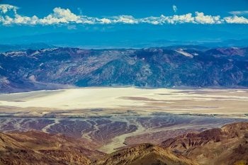 Travel The Legendary Death Valley, This Desert Region That Stretches To The Horizon--9