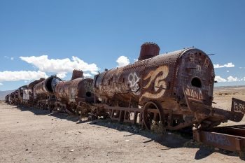 Desolate Beauty of These Abandoned Locomotives In Bolivian Desert--10