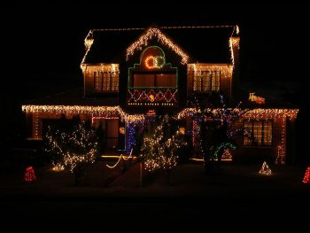 23 Most Beautifully Decorated For Christmas Season-