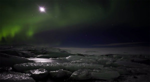 Iceland unveils its haunting landscapes--34
