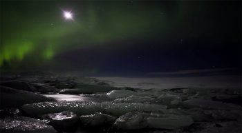 Iceland unveils its haunting landscapes--35