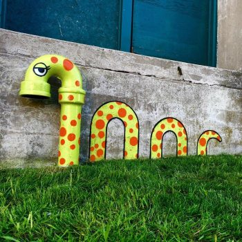 Tom Bob's amusing creations That Perfectly Fits In Urban Landscape--4