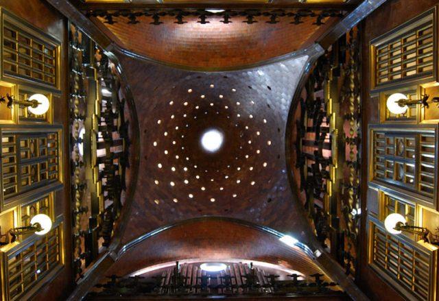 The 8 Most Sumptuous Works Of Legendary Architect Antoni Gaudi--3