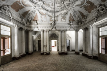 An Ornated Italian Villa