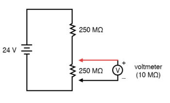 parallel subcircuit with lower resistor devider circuit